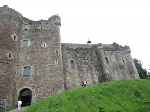 english homestay, scotland, doune castle