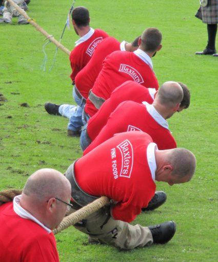 tug of war at highland games