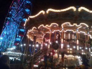 Edinburgh Christmas Market - learn English